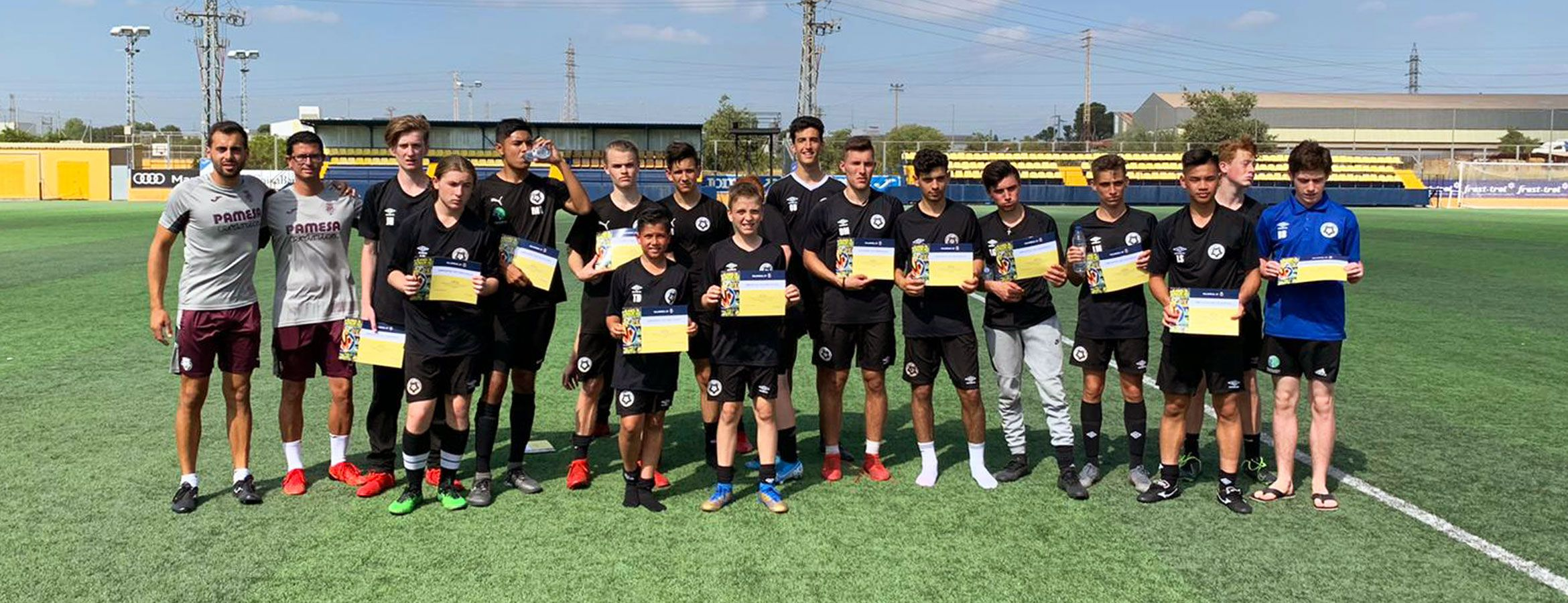 FUTBAL FIRST & SYDNEY FOOTBALL ACADEMY EFECTÚAN SU TRAINING CAMP